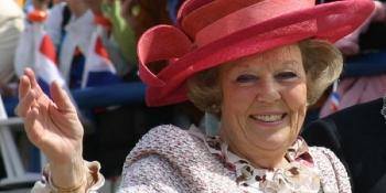 regina-beatrix-a-olandei-va-abdica-in-aprilie-tronul-va-fi-preluat-de-printul-willem-alexander-73941